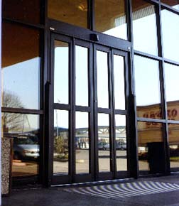 The Horton 4-7200 and 4-4200 packages are ideal for areas that require an automatic two- way traffic door but lack the space for automatic sliding or ... & The Horton Product Line